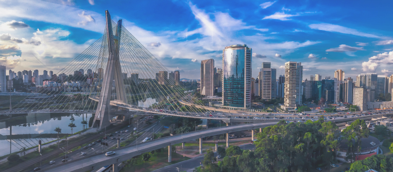 Chào mừng đến với Universal Commercial Capital (UCC)