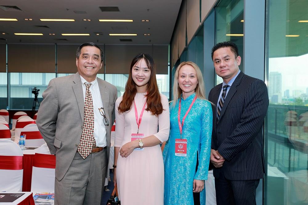 Ha Noi Sept 2018 Hội thảo tư vấn khách hàng mua nhà ở Mỹ- tại Hà Nội tháng 9 năm 2018